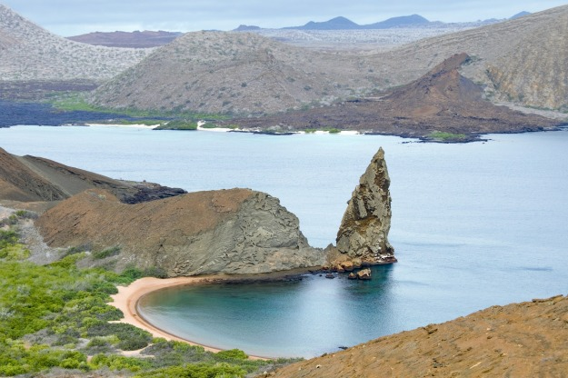 galapagos-islands-2419239_1920.jpg